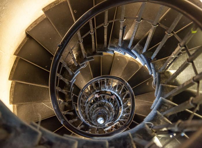 Monument: Treppenaufgang im Innern London 2017