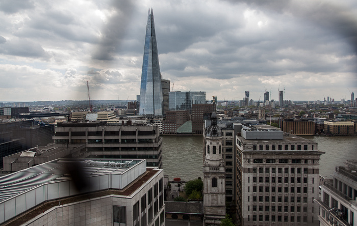 Blick von der Aussichtsplattform des Monument: City of London