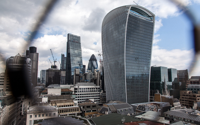 Blick von der Aussichtsplattform des Monument: City of London mit 20 Fenchurch Street London 2017