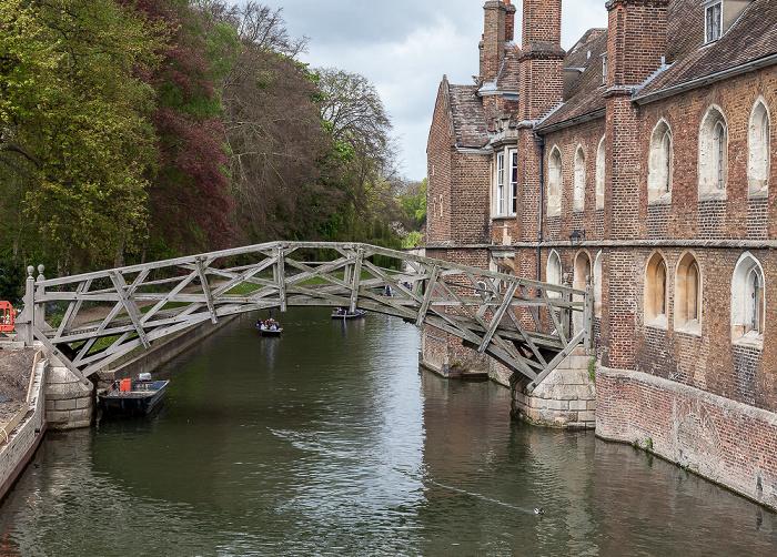 Cambridge Blick von der Silver Street: River Cam mit der Mathematical Bridge
