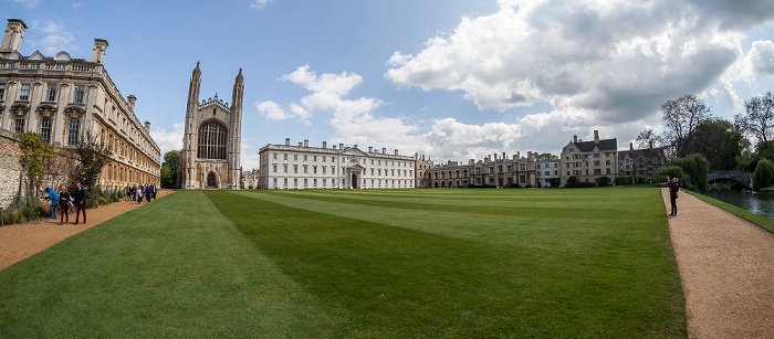 Cambridge King's College: Back Lawn mit (v.l.) Clare Old Court, King's College Chapel, Gibbs' Building, Old Lodge, Bodley's Court und River Cam