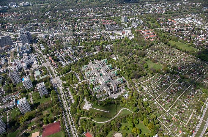 Luftbild aus Zeppelin: Bogenhausen - Parkstadt Bogenhausen (links) / Herzogpark München