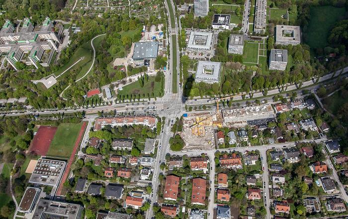 Luftbild aus Zeppelin: Bogenhausen - Herzogpark (links oben) / Parkstadt Bogenhausen (links unten) / Englschalking (rechts) München