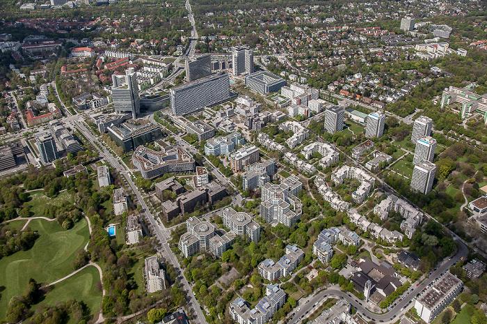 Luftbild aus Zeppelin: Bogenhausen - Parkstadt Bogenhausen mit dem Arabellapark / Herzogpark (rechts oben) München 2017