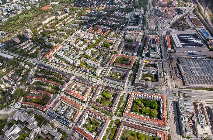 Luftbild aus Zeppelin: Bogenhausen mit Altbogenhausen (unten) und Parkstadt Bogenhausen / Au-Haidhausen mit Steinhausen (rechts) München