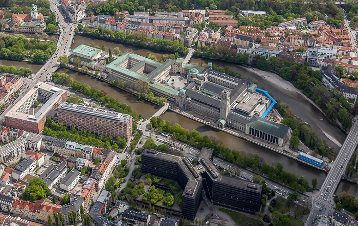 Luftbild aus Zeppelin: Au-Haidhausen (oben), Ludwigsvorstadt-Isarvorstadt (unten) München 2017