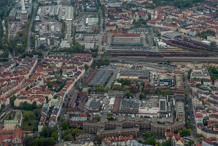 Luftbild aus Zeppelin: Ludwigsvorstadt-Isarvorstadt, Sendling (oben) München 2017