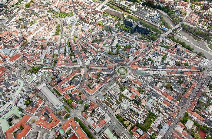 Luftbild aus Zeppelin: Altstadt-Lehel (links), Ludwigsvorstadt-Isarvorstadt (rechts), Au-Haidhausen (rechts oben) München 2017