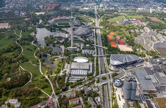 Luftbild aus Zeppelin: Milbertshofen-Am Hart, Neuhausen-Nymphenburg (links), Moosach (oben) München