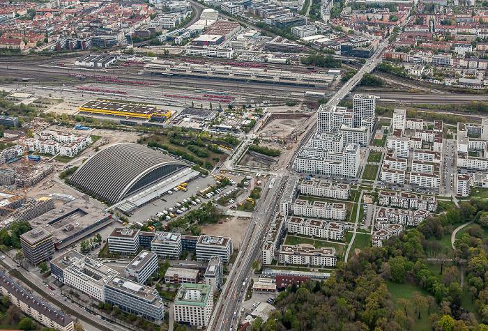 Luftbild aus Zeppelin: Neuhausen-Nymphenburg, Schwanthalerhöhe (links oben), Laim (oben) München 2017