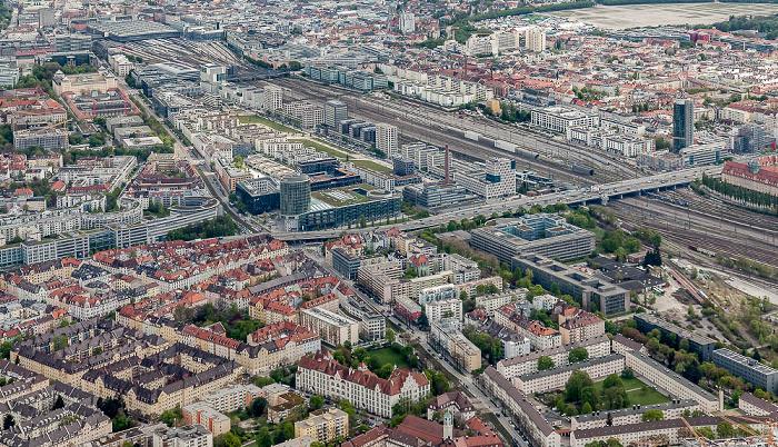 Luftbild aus Zeppelin: Neuhausen-Nymphenburg (u.), o.v.l. Maxvorstadt, Ludwigsvorstadt-Isarvorstadt, Schwanthalerhöhe München 2017