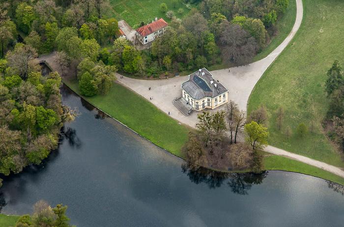 Luftbild aus Zeppelin: Neuhausen-Nymphenburg - Schlosspark Nymphenburg München 2017