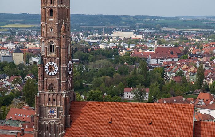 Landshut Blick von der Burg Trausnitz: Martinskirche (Stadtpfarr- und Kollegiatstiftskirche St. Martin und Kastulus)
