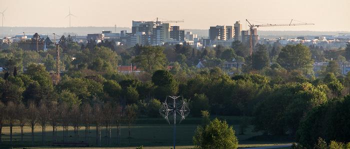 Blick vom Aussichtshügel Riemer Park: Riemer Park (Landschaftspark Riem, BUGA-Park), Neuperlach München