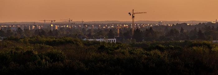Blick vom Aussichtshügel Riemer Park: Riemer Park (Landschaftspark Riem, BUGA-Park) München
