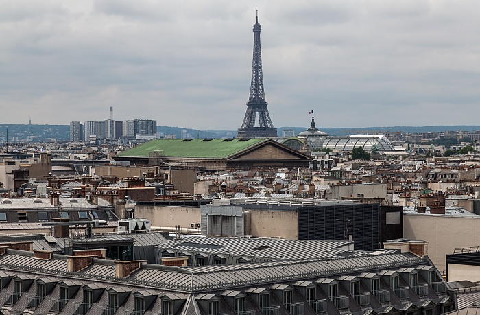 Paris Blick von den Galeries Lafayette Eiffelturm Grand Palais La Madeleine