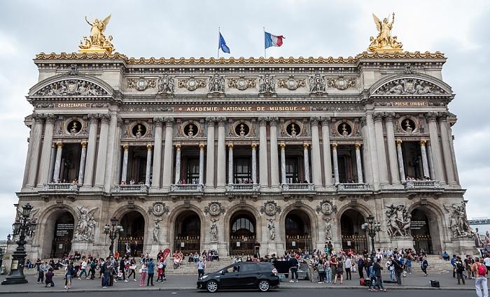 Place de l'Opéra: Opéra Garnier Paris 2017