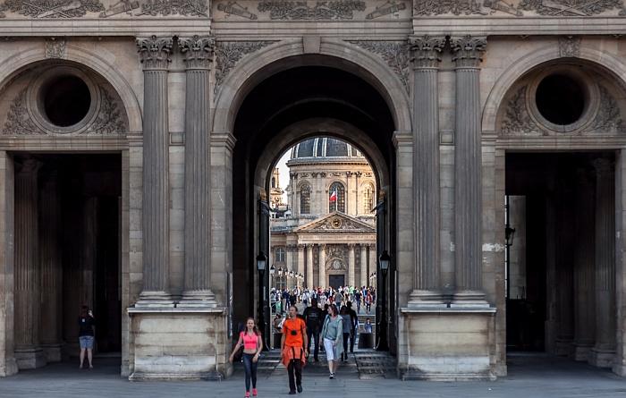 Paris Musée du Louvre: Cour Carrée Institut de France