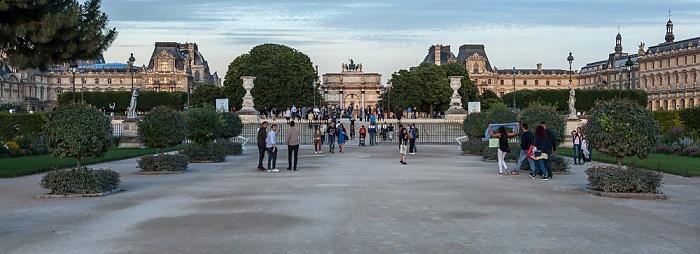 Paris Jardin des Tuileries, Arc de Triomphe du Carrousel, Musée du Louvre