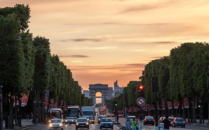 Paris Avenue des Champs-Élysées, Arc de Triomphe