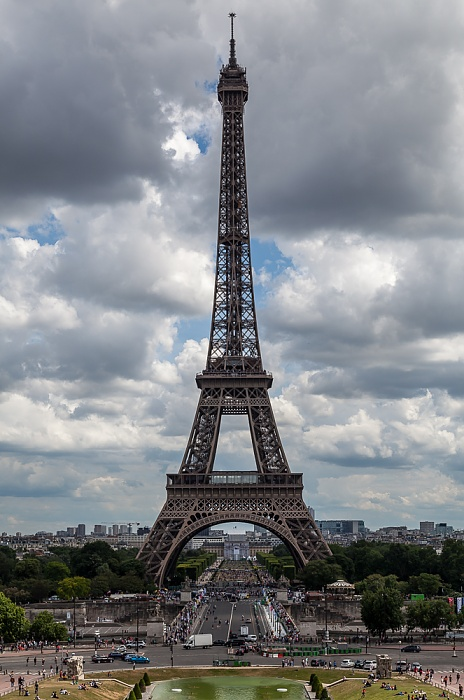 Blick vom Trocadéro: Pont d'Iéna, Eiffelturm (Tour Eiffel) und Marsfeld (Champ de Mars) Paris 2017