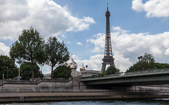Paris Seine, Pont de l'Alma, Eiffelturm (Tour Eiffel) Cathédrale de la Sainte-Trinité
