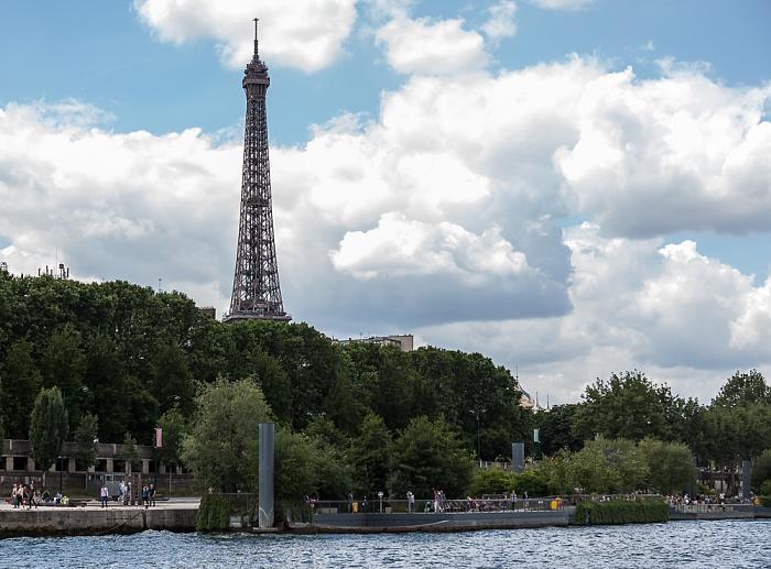 Paris Seine, Port du Gros Caillou, Esplanade Habib-Bourguiba, Eiffelturm (Tour Eiffel)