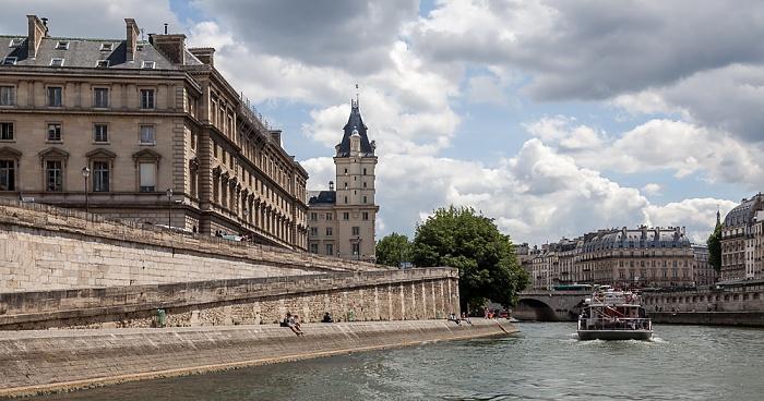 Seine, Île de la Cité mit dem Palais de Justice (Justizpalast) Paris