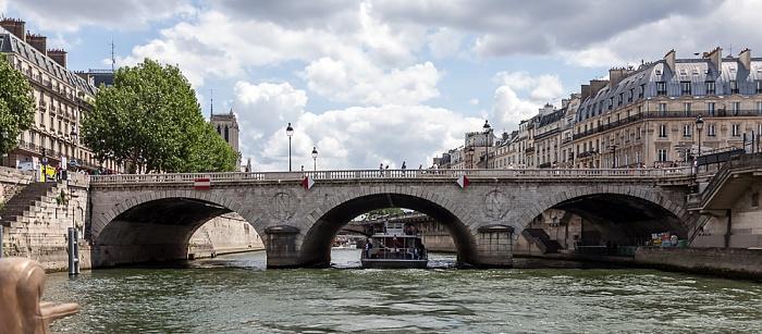 Île de la Cité, Seine, Pont Saint-Michel, Quai des Grands Augustins Paris