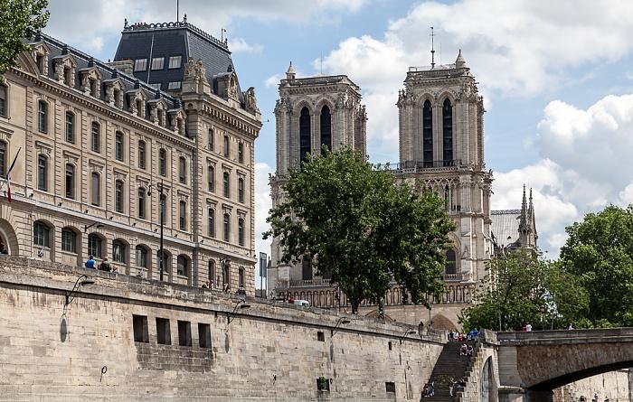 Île de la Cité mit der Préfecture de police de Paris und Notre-Dame de Paris Paris