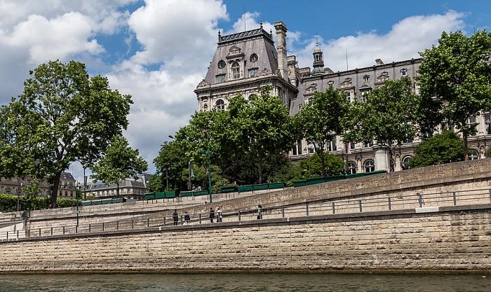 Paris Seine, Parc Rives-de-Seine, Hôtel de Ville