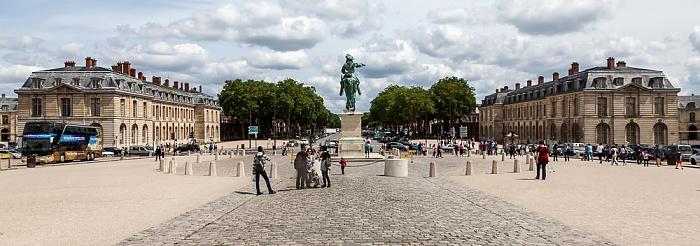 Versailles Place d'Armes mit dem Reiterstandbild von Ludwig XIV. Avenue de Paris Grande Écurie Petite Écurie