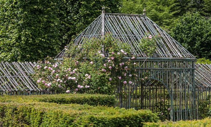 Versailles Jardins du Petit Jardins