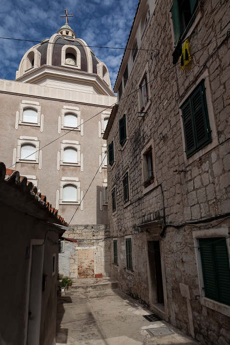 Altstadt (Grad): Samostan sestara milosrdnica u Splitu
