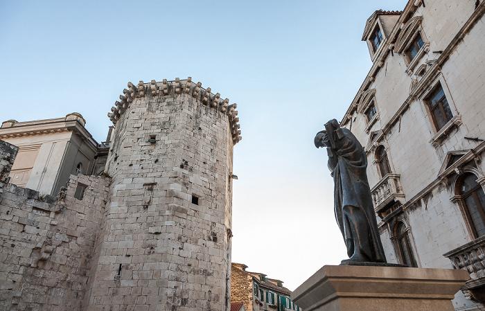 Split Altstadt (Grad): Trg Braće Radić (Voćni trg, Obstplatz) Mletačka kula