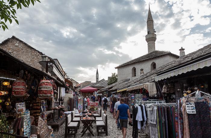 Mostar Altstadt: Onešćukova Franjevačka crkva i samostan sv. Petra i Pavla u Mostaru