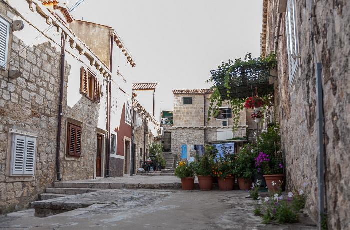 Altstadt (Grad): Ulica od Kaštela Dubrovnik