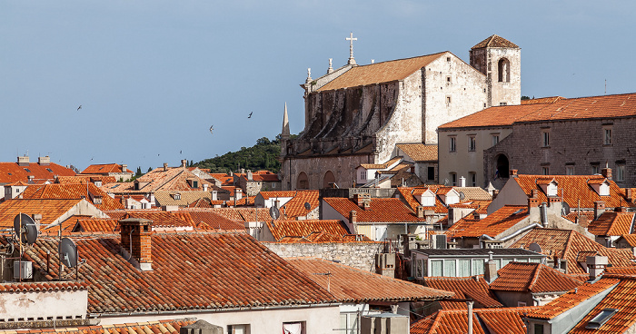 Dubrovnik Blick von der Stadtmauer: Altstadt (Grad) mit der Jesuitenkirche St. Ignatius