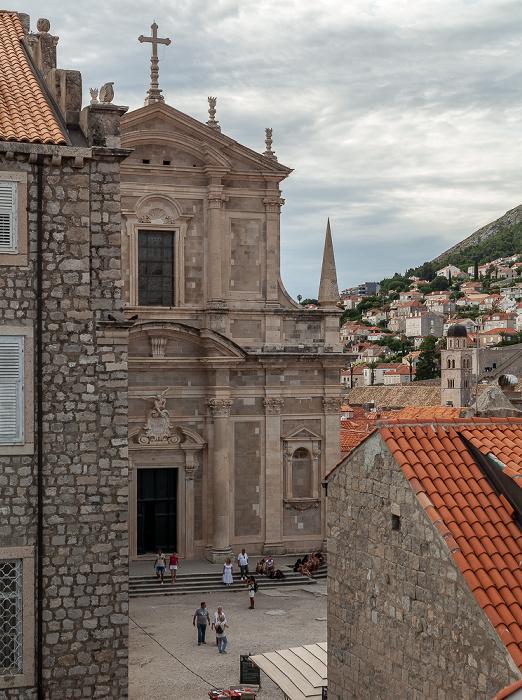 Blick von der Stadtmauer: Altstadt (Grad) mit der Jesuitenkirche St. Ignatius Dubrovnik
