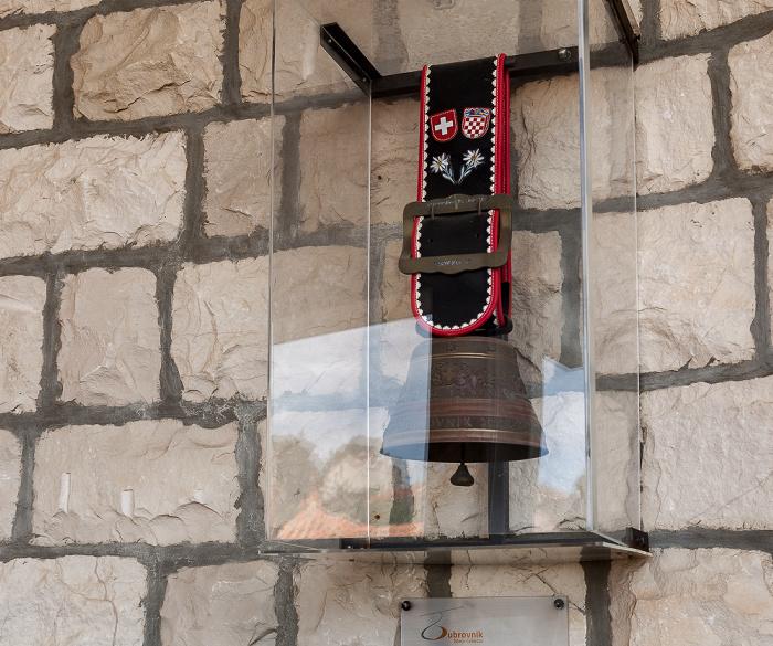 Seilbahn Dubrovnik: Talstation mit Schweizer Kuhglocke Dubrovnik