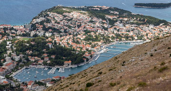 Blick vom Brdo Srđ: Dalmatinische Küste und Adriatisches Meer (Mittelmeer) Dubrovnik