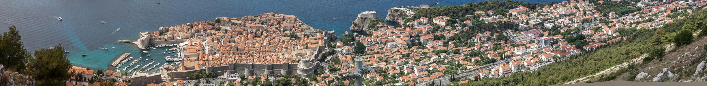 Blick vom Brdo Srđ: Adriatisches Meer (Mittelmeer), Altstadt (Grad) Dubrovnik