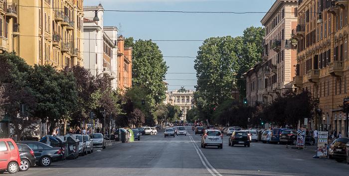 Rom Von vorne: Via Giuseppe Ferrari, Via Lepanto, Via Marcantonio Colonna, Via Cicerone, Piazza Cavour, Palazzo di Giustizia