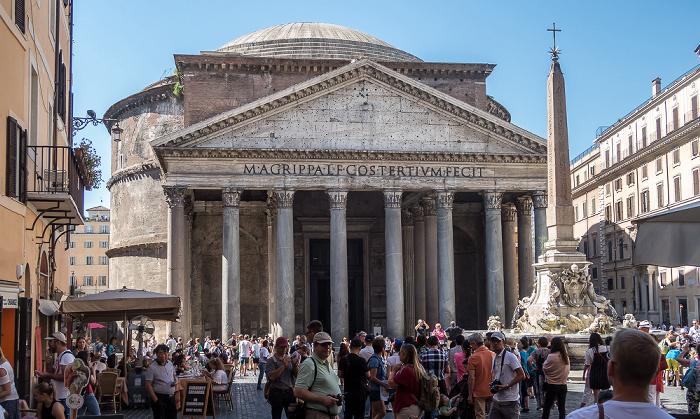 Piazza della Rotonda: Fontana del Pantheon und Pantheon Rom
