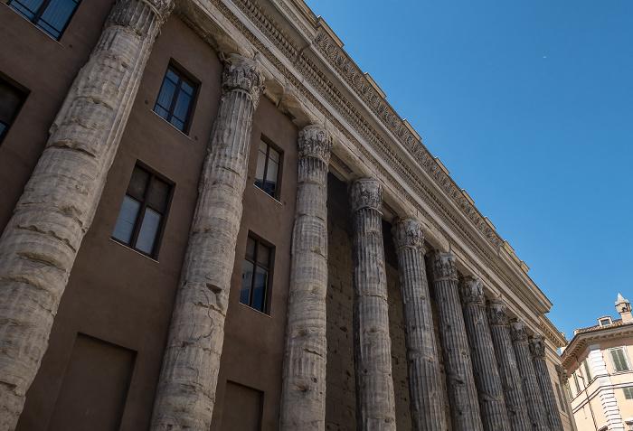 Piazza di Pietra: Tempio di Adriano (Hadrianeum) Rom