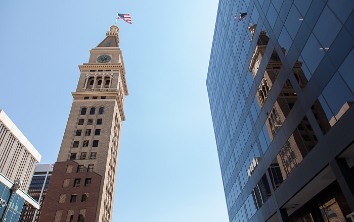 Downtown Denver: 16th Street Mall - Daniels and Fisher Tower Denver
