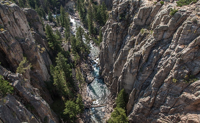 Blick von der Sunlight Bridge (Wyoming Highway 296): Sunlight Creek (Shoshone National Forest)