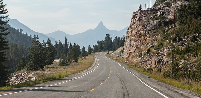 Shoshone National Forest: Wyoming Highway 296 (Chief Joseph Scenic Byway, Dead Indian Hill Road)