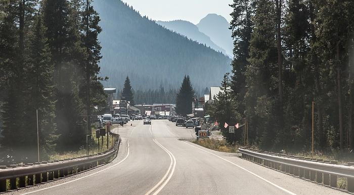 Cooke City: U.S. Route 212 (Beartooth Highway) Montana