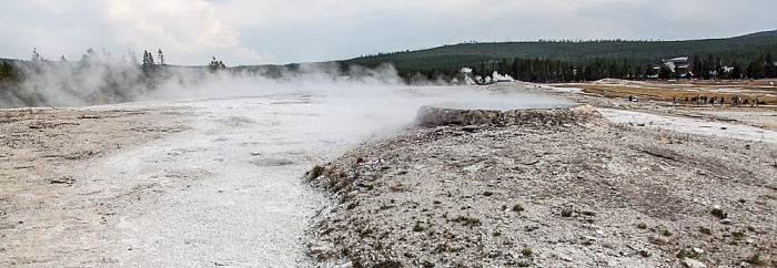 Yellowstone National Park Upper Geyser Basin: Geyser Hill - Teakettle Spring